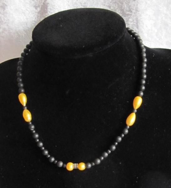 Schungitkette 6mm mit gelben Perlen