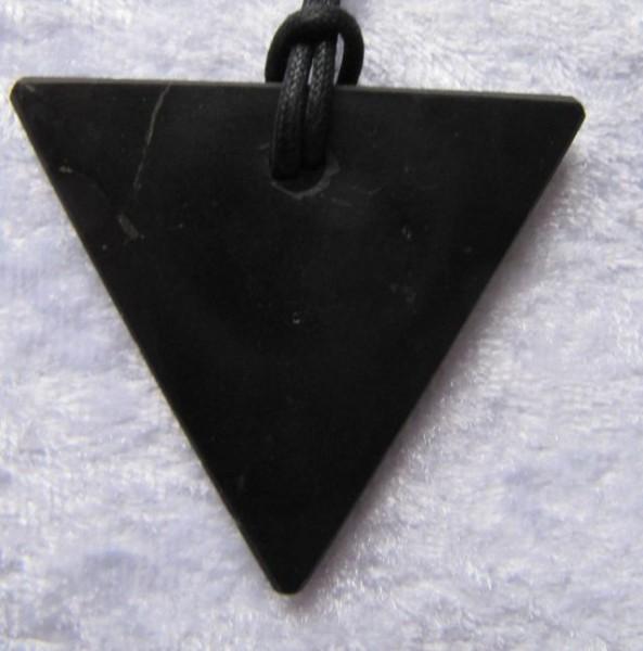 Schungitkette Dreieck am Band